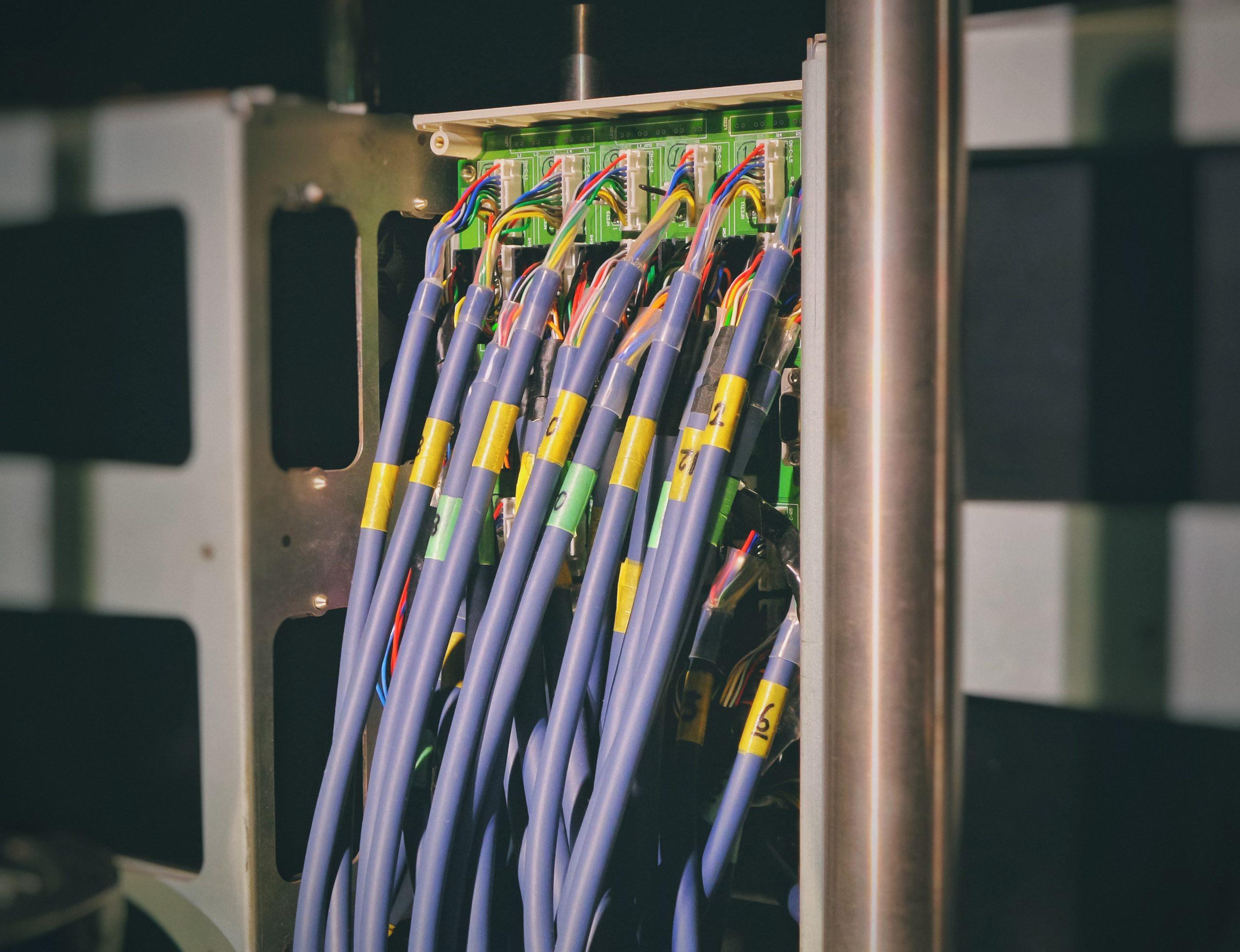Informatique industriel (câblage)